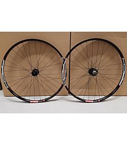 "NoTubes ZTR Arch MK3 - Novatec D791/D462 - Sapim D-Light - MTB 27.5"" Boost Wheelset"